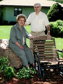 Roy & Jean Single Small